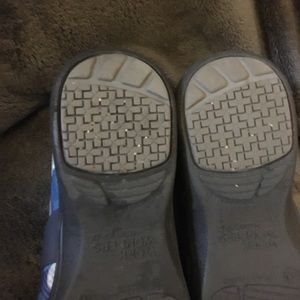 Dansko Shoes - Excellent condition Dansko WorkWonders shoes